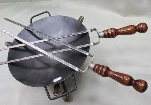 Шампур двойной с деревянной ручкой 45см