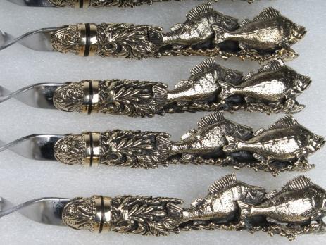 Подарочные шампура Окуни с цельно литой ручкой