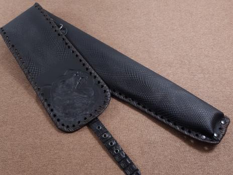 Чехол для шампуров с тиснением Медведь (черный)
